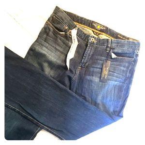 🆕Lucky Brand The Sweet Jean Boot Leg - Size 16/33